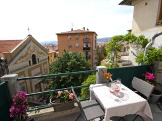 Terrace View Apt in Vieux Nice - Nice vacation rentals