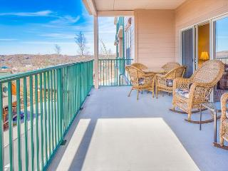 October Special from $99!!! Luxurious 2BR Condo w/ Indoor Pool and Views. - Pigeon Forge vacation rentals