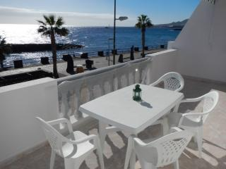 Apartment next to the beach + WIFI - Santa Cruz de Tenerife vacation rentals