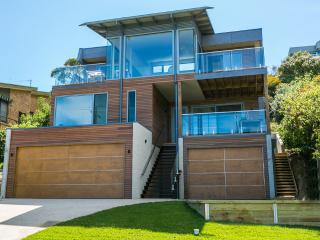 SEASPRAY - Victoria vacation rentals