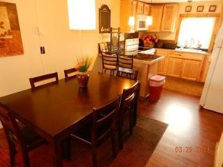 3-bedroom, 2-bath Apartments Downtown - Lake Placid vacation rentals