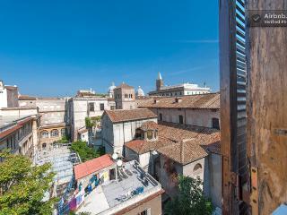 Colosseo Stazione Termini Piazza Spagna - Rome vacation rentals