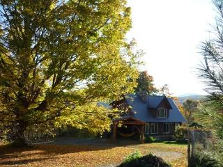 HICKORY RIDGE VERMONT LOG CABIN - Rupert vacation rentals