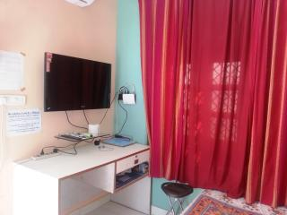 "Deluxe Room ""Serviced Apt. ORS2"" in Lucknow, India - Lucknow vacation rentals"