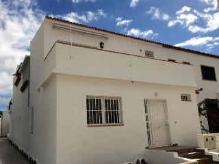 06. Luxury townhouse nice views, south of Tenerife - Costa del Silencio vacation rentals