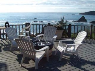Romantic beachfront getaway - Brookings vacation rentals