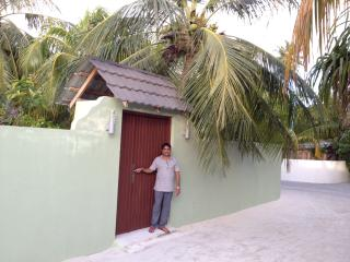 Sunny Guest House, Huraa local island - Hulhumale vacation rentals
