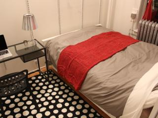 Cozy Private Bedroom in Shared APT at Flatiron NYC - New York City vacation rentals