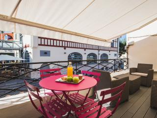 Modern apartment with terrace overlooking market - Biarritz vacation rentals