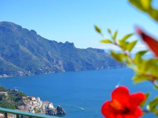 Casa Floreal. Huge sea view terrace over Amalfi - Amalfi vacation rentals