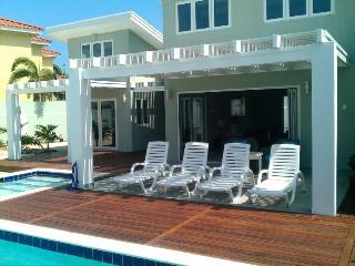 Malmok Beach Break Villa - Noord vacation rentals