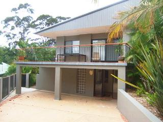 Easy and Affordable - 34 Aldinga Dr - Forresters Beach vacation rentals