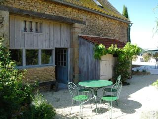 Charming Cottage with pool and vue on Dordogne Val - Lalinde vacation rentals