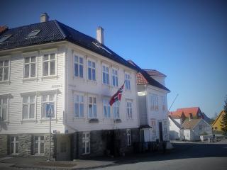 Sandvikstorget - studio-flat - Bergen vacation rentals