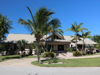 Vacation Rental in Grand Bahama