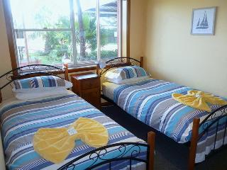 Alice Beside The Sea -  2 Bedroom  Apartment. - Devonport vacation rentals