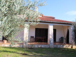 Apartment Garden A2 only 700m from the beach - Porec vacation rentals