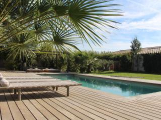 Les Vignes 83 - B&B - Farigoule - Six-Fours-les-Plages vacation rentals