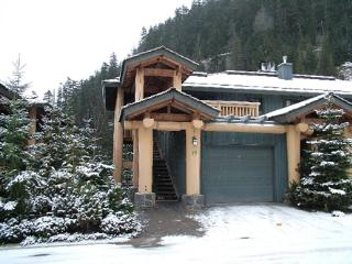Luxury ski-in ski-out townhome on lower slopes of Whistler Mountain - Whistler vacation rentals
