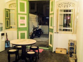 Homie Delights Guesthouse - Tanjong Tokong vacation rentals