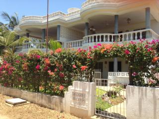 Malindi Apt., quiet street, in town, by the beach. - Malindi vacation rentals