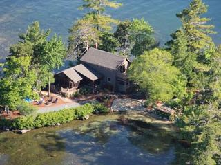AN ENTIRE ISLAND!  BOOK BY 5/31 AND GET 5% OFF!! - Moultonborough vacation rentals
