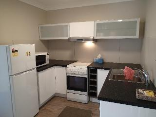 Dungowan Waterfront apartment 2 - Sanctuary Point vacation rentals