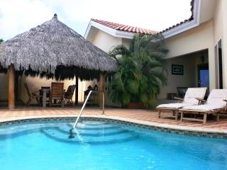 Opal Jewel Three-Bedroom  villa - OJ88-3 - Noord vacation rentals