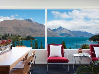 Casa Vista, Luxury Queenstown Apartment - South Island vacation rentals