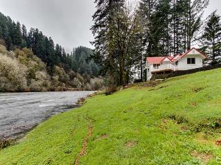 One-bedroom cottage on the Siuslaw River - fantastic views! - Mapleton vacation rentals