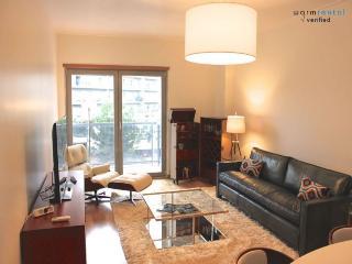 Canella White Apartment - Monsanto vacation rentals