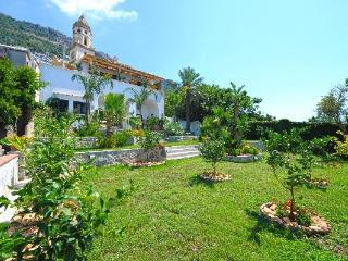 Casa Santacroce 2 - large garden, beautifuview - Praiano vacation rentals
