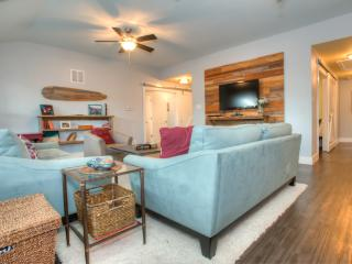 Private And Spacious South Austin Retreat - A Bit Of Country In The City! - Kyle vacation rentals