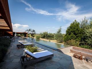 Amazing 4 Bedroom Home near La Barra - Uruguay vacation rentals
