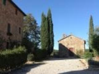 Precious Chianti Nest With Pool And Tennis - Poggibonsi vacation rentals