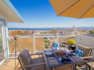 3614 Monterey Penthouse ~ Spring Special ~ City Lights, Ocean Views, Sunrises - Monterey vacation rentals