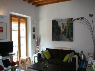 Duplex Cuesta de Gomerez - Granada vacation rentals