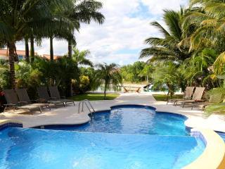 Stunning 5/6 Waterfront SALE $3,200 USD week - Puerto Aventuras vacation rentals