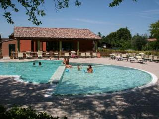 Charme HolidayHome for 4per in Riviera Romagnola - Lido Adriano vacation rentals