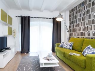 Sagrada Familia II Apartment - Barcelona vacation rentals
