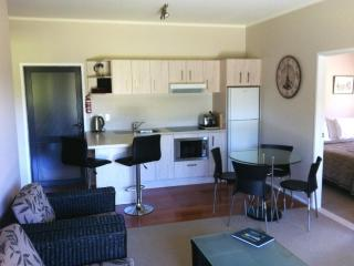Bay of Islands Holiday 3 Bed Apartment - Paihia vacation rentals