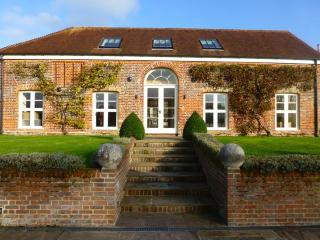 The Barn at Kings Farm in Sway, The New Forest - Highcliffe vacation rentals
