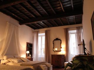 La Casa del Borgo di SAN PIETRO - Vatican City vacation rentals