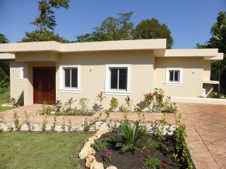 """A well-designed villa with an intimate private pool and garden area. Cable TV in all the bedrooms with AC and safes. WI-FI included! Spend your best moments at the beautiful villa """"Sunseeker"""".(640) - Cabarete vacation rentals"""