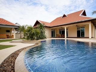 Chase 10 - Chonburi Province vacation rentals