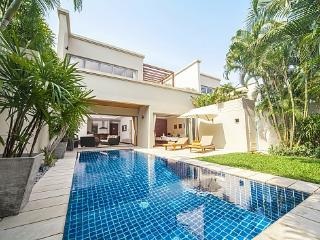 Diamond Villa No.209 - 2 Bed - Relax on Rooftop Terrace with Sala - Cherngtalay vacation rentals