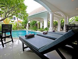 Na Jomtien Grande Pool Villa - Sattahip vacation rentals
