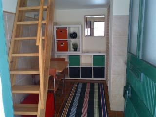 Cozy Studio in Patio near Bairro Alto - Abrantes vacation rentals
