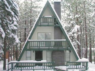 SKi Cabin 0.1 miles to Heavenly with Pool Table,hot Tub Very Cozy! - South Tahoe vacation rentals