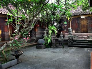 Beautiful Traditional Balinese House - Ubud vacation rentals